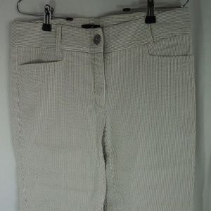 Willi Smith White Gray Striped Cropped Capri Pants